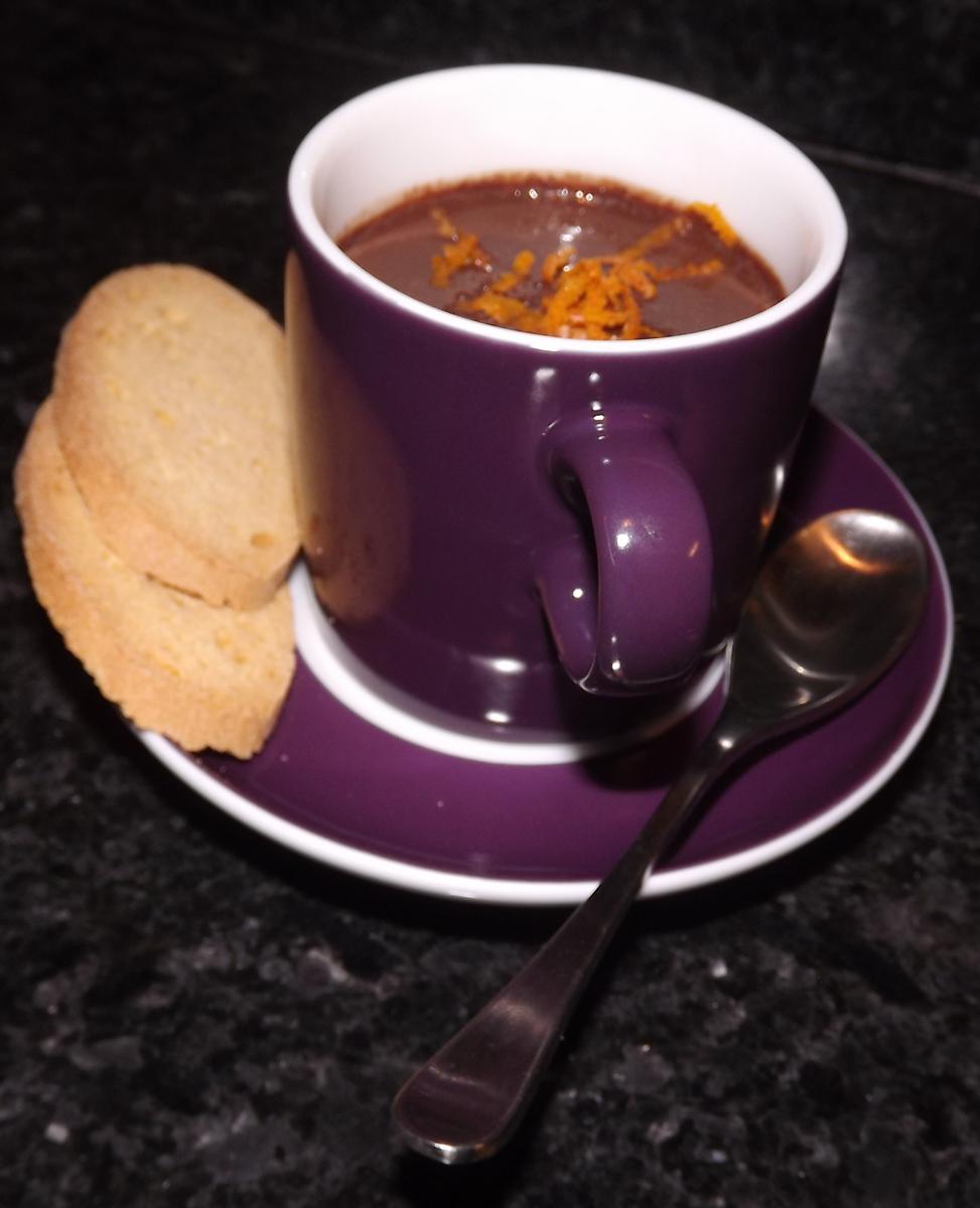 Spice chocolate pots