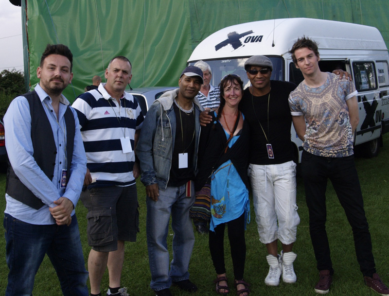 Festival organiser Liz Boden with XOVA. Wayne Lawrence at left.