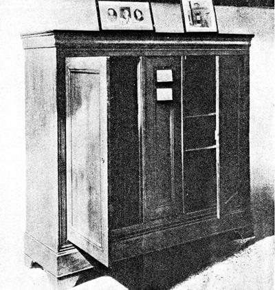 The cupboard or 'buffet'