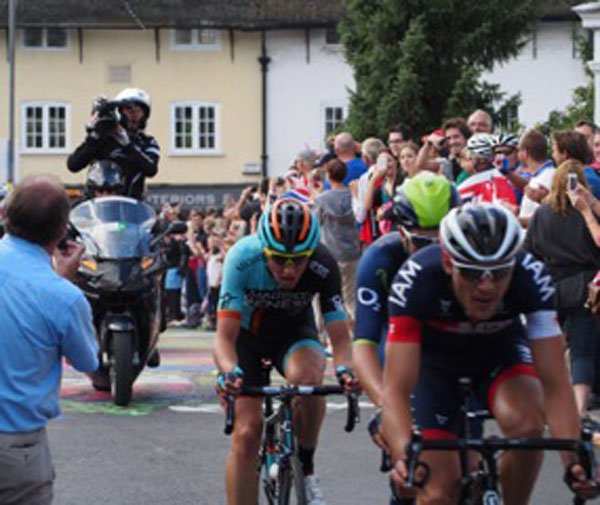 The race leaders pass up Pewsey High Street