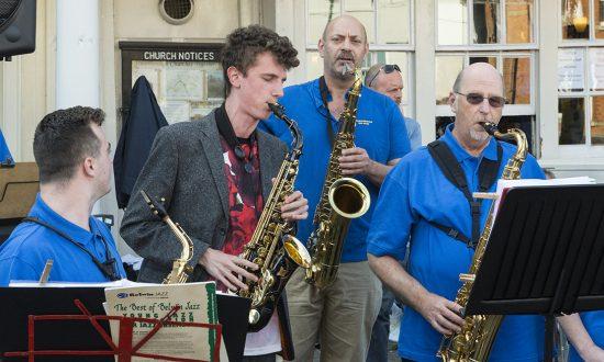 Alexander Bone with the Allport Big Band