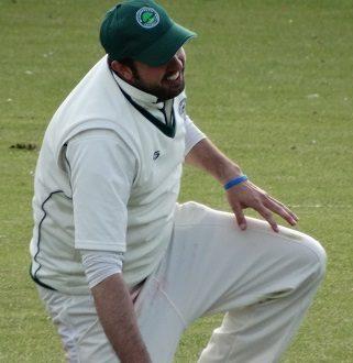 It's painful for captain Arran Dickinson at Trowbridge last Saturday (15 August)