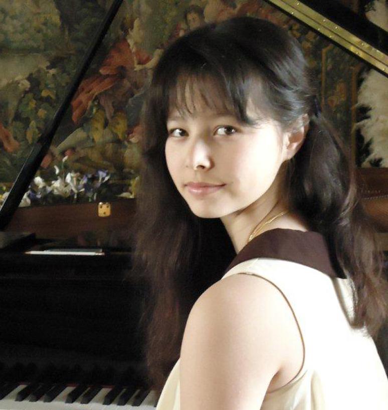 Mai Charissa Tran-Ringrose at the time of her first Marlborough recital...