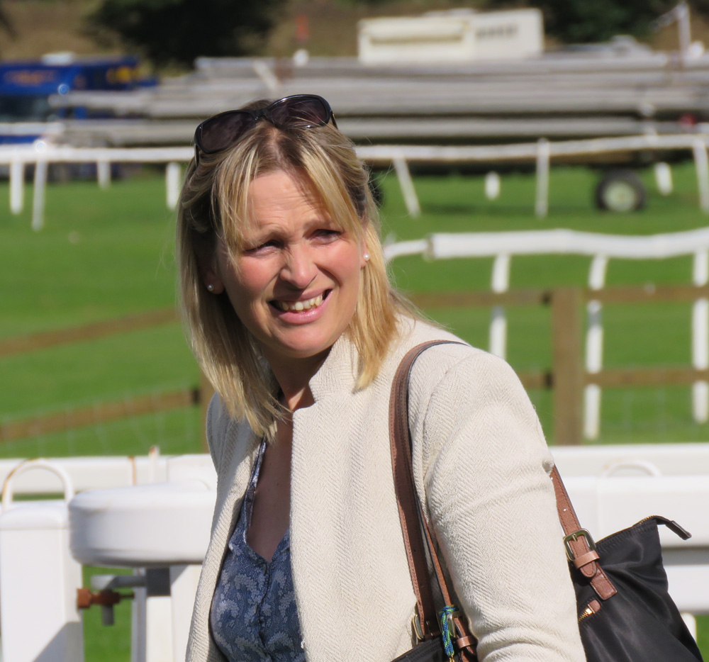 Emma Lavelle at Worcester Races (September 2015)