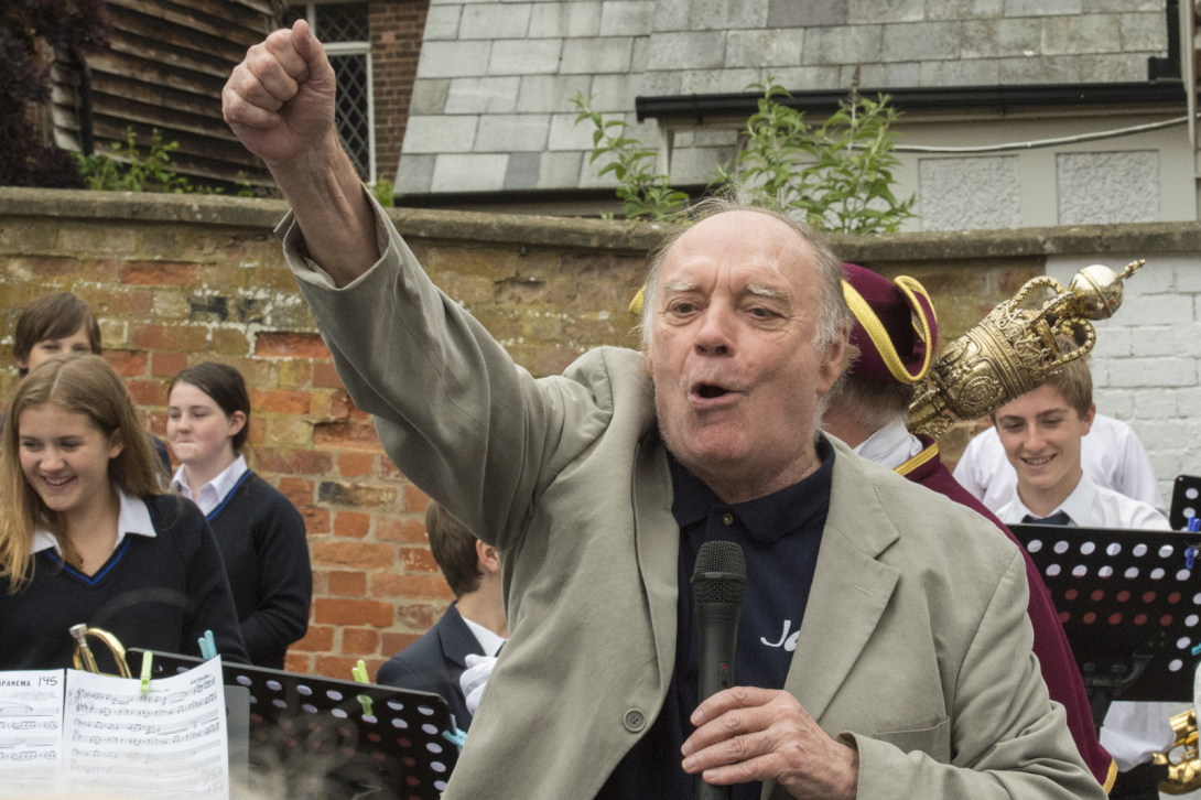Nick Fogg rouses the crowd in the Castle & Ball at the opening of the 30th Marlborough International Jazz Festival
