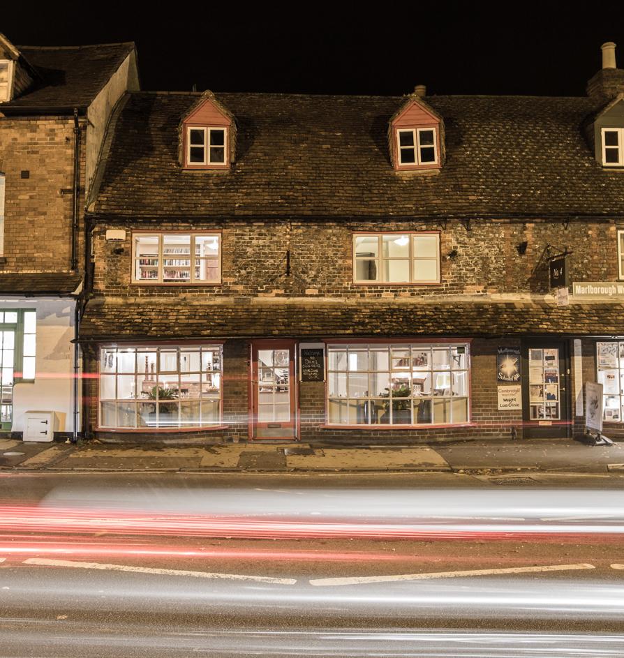 Dan's by night - interior & exterior (photos by Niels van Gijn)