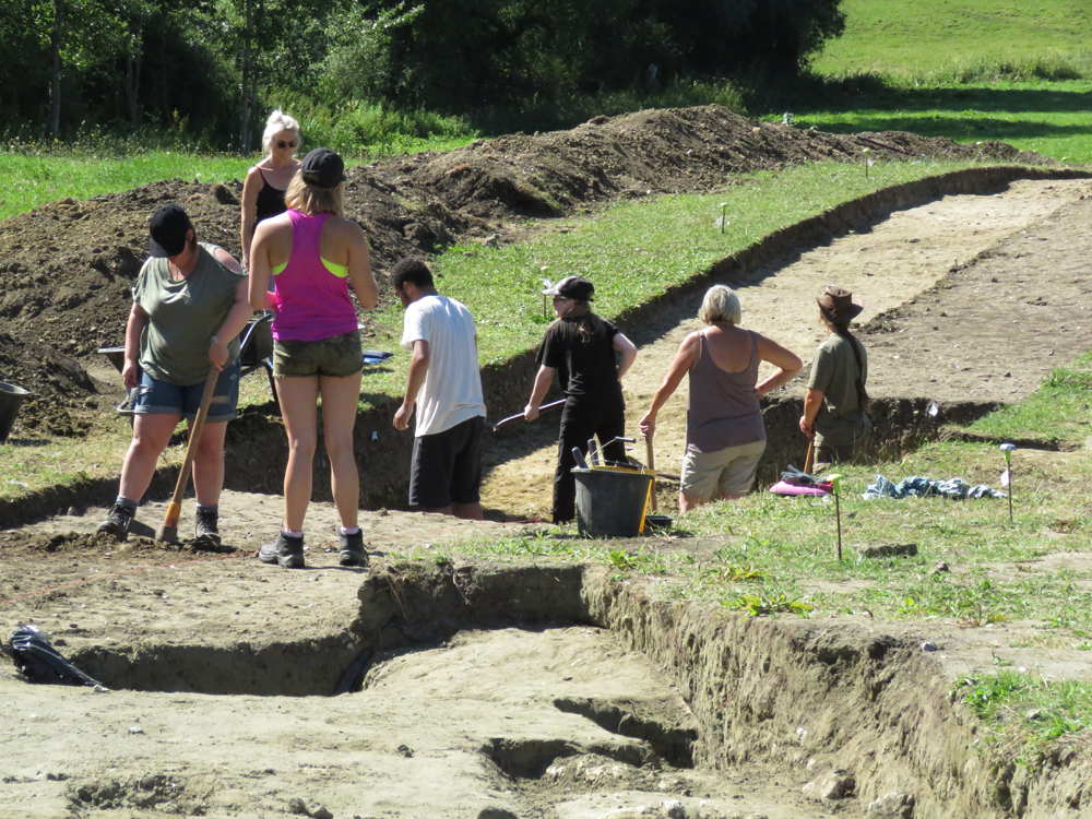 The new trench at Marden's 'mini-henge' - a week ago