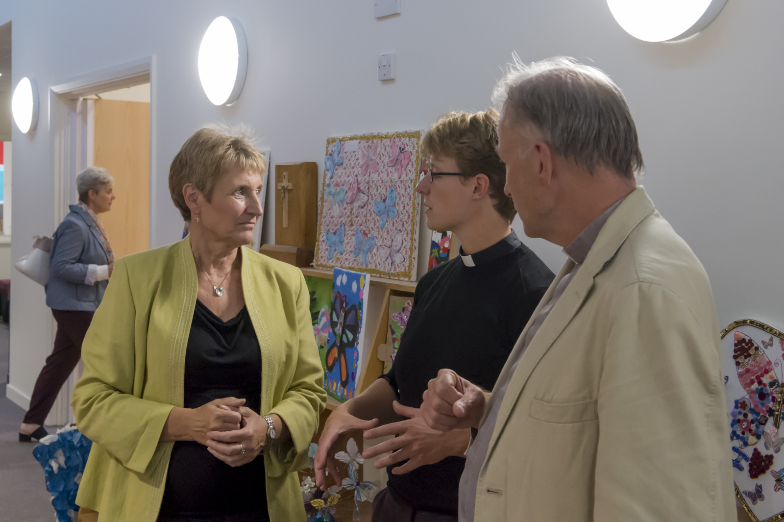 Head Teacher Anne Schwodler, governor in charge of fundraising Janneke Blokland with Rev Canon Andrew Studdert-Kennedy