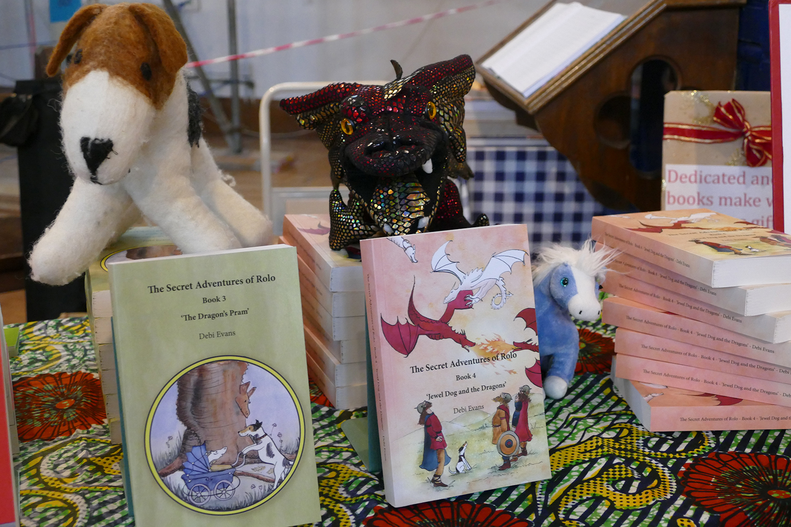 'Jewel Dog and the Dragons' alongside book 3 in the series, 'The Dragon's Pram'