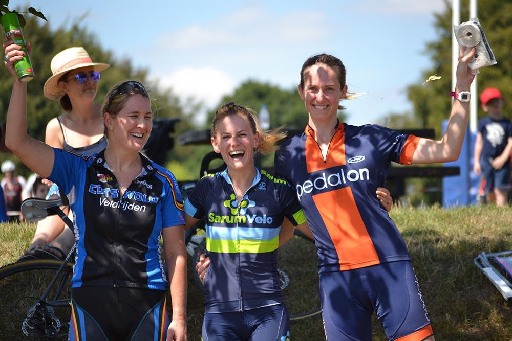 Women's podium (L-R) Jessica Conner, Lindy Larkin, Kate Robson