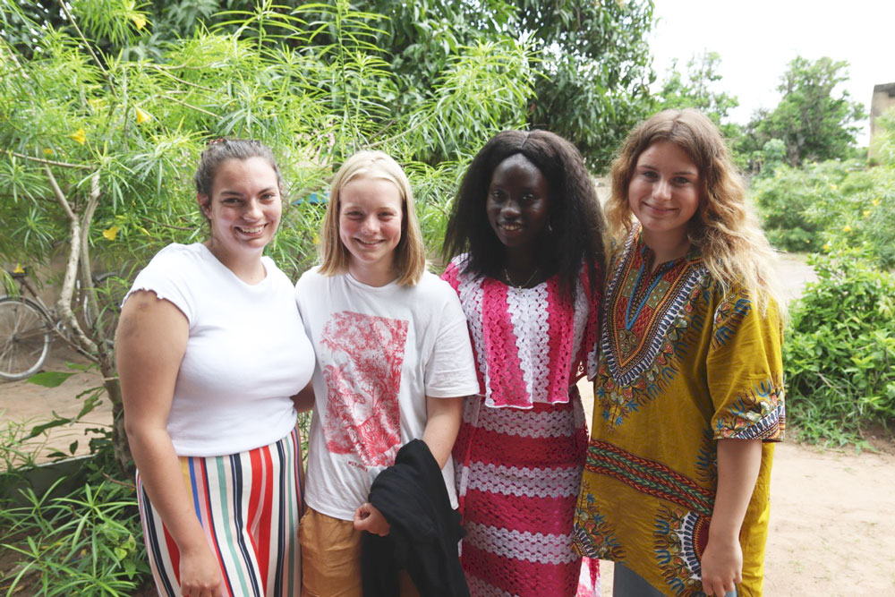 Abbie (left) with TTV colleagues and Leontine (2nd from right)
