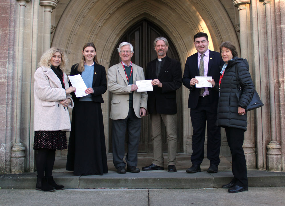 Pictured above are (left to right) Angela Hughes (Friends of Erlestoke Prison), and Kate Aspbury (MO U6 & Senior Prefect), Nick Maurice (Thriving Through Venture), Reverend Tim Novis (Senior Chaplain), Christian Freeman (SU U6 & Senior Prefect) and Virginia Reekie (The Kempson Rosedale Trust)