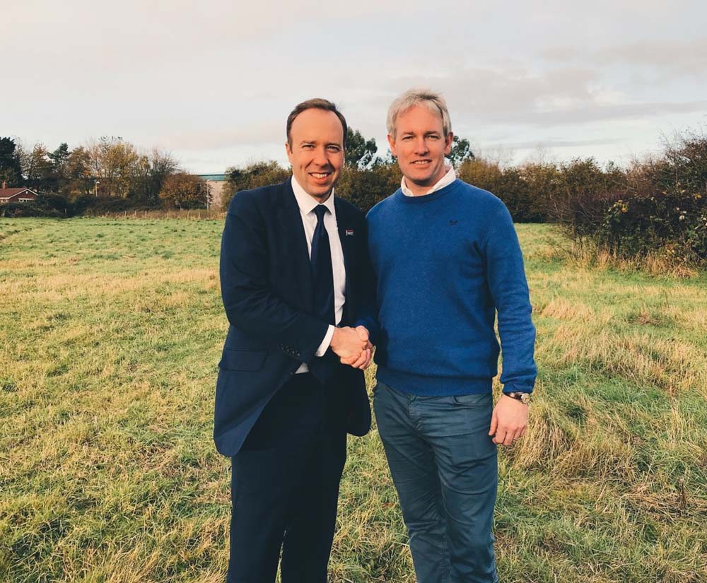 """Hancock & Kruger in the Devizes field - 13 November 2019. Hancock's comment: """"Spades in the ground soon!"""" (Photo from Twitter)"""