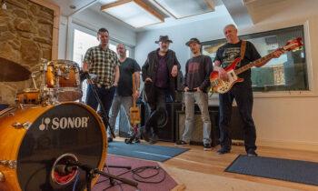 Barrelhouse: l-r: Dave Growcott, Tim Harvey, Nick Beere, Martin Hands, Stuart Whant,