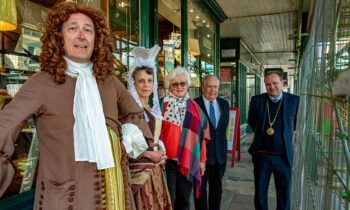 Mrs & Mrs Thomas Bayly, Trust Chair Alison Galvin-Wright, Vice Chair Cllr Mervyn Hall and Marlborough Mayor Mark Cooper under the scaffolding outside The Merchant's House
