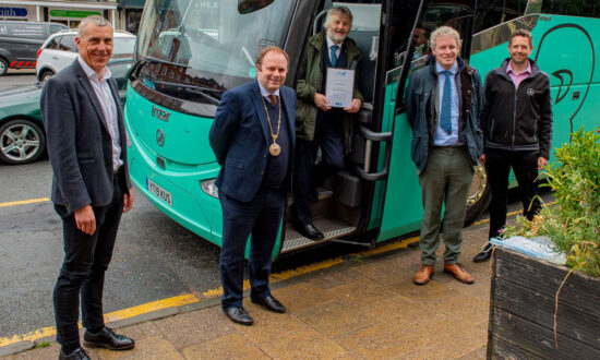L to R: David Andrews (head of Visit Wilts / Great West Way), Mayor Mark Cooper, John Burch of CPT, Danny Kruger - Devizes Constituency MP and Matt Barnes of Barnes Coaches
